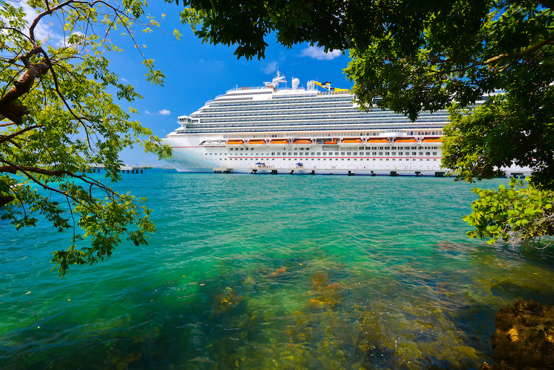 What Cruisers Need to Know About Travel Insurance After COVID-19, Explained by Squaremouth